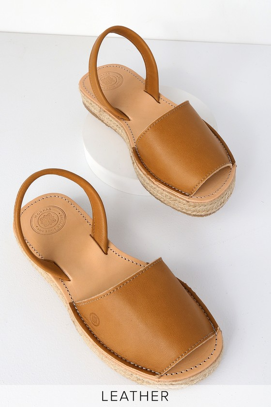 1880b406a6a272 MORKAS Leticia - Camel Leather Flat Sandals - Espadrille Sandals
