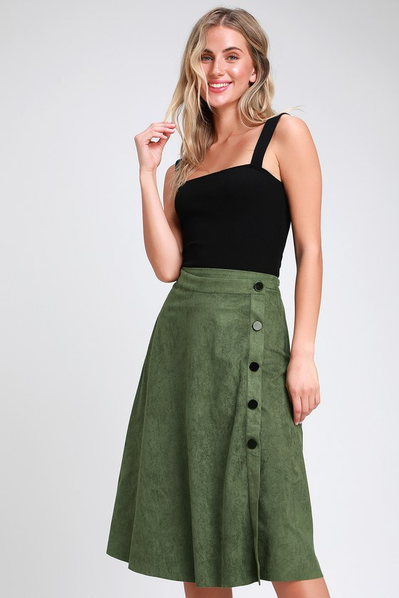 HALLOWAY OLIVE GREEN SUEDE BUTTON-FRONT MIDI SKIRT