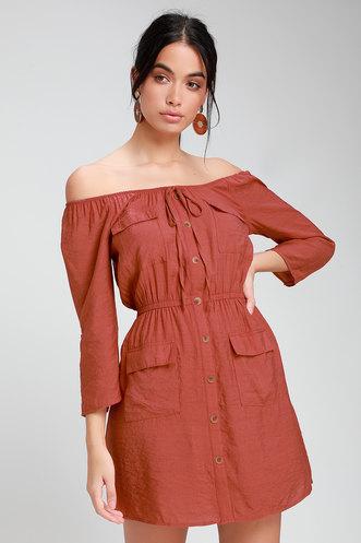 0386826b590 Etta Rusty Rose Button Front Off-the-Shoulder Dress