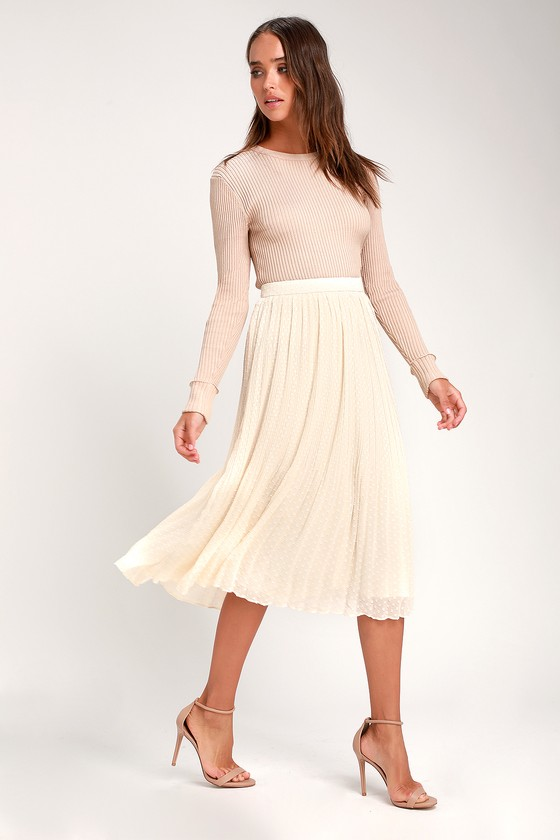 1920s Skirts, Gatsby Skirts, Vintage Pleated Skirts Youre On My Mind Ivory Pleated Swiss Dot Midi Skirt - Lulus $45.00 AT vintagedancer.com
