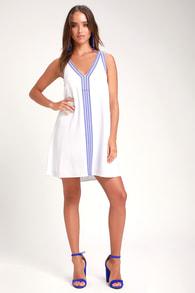 de72765f6 Sunshine Ahead White Embroidered Sleeveless Shift Dress