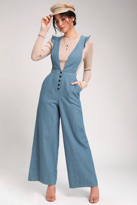 Vintage High Waisted Trousers, Sailor Pants, Jeans Cedella Light Wash Denim Wide-Leg Overalls - Lulus $56.00 AT vintagedancer.com