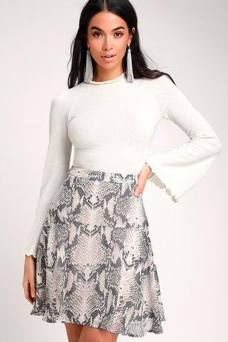 0eafd651817a Giuliana Grey Snake Print Mini Flounce Skirt