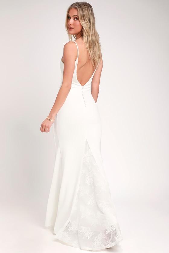 TALIANA WHITE LACE BUTTON BACK MAXI DRESS