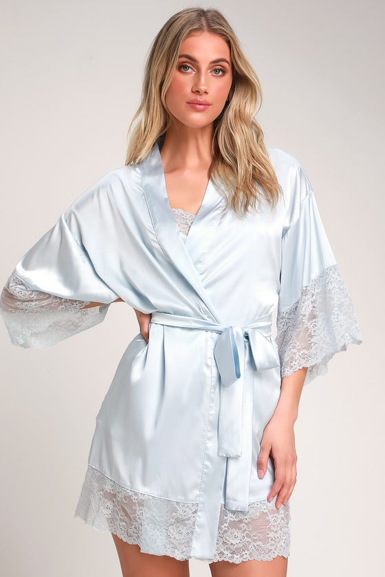 TENDERNESS LIGHT BLUE LACE SATIN ROBE