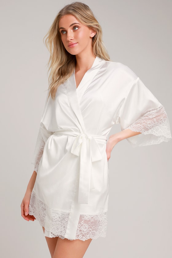 fashion styles the sale of shoes amazing quality Tenderness White Lace Satin Robe