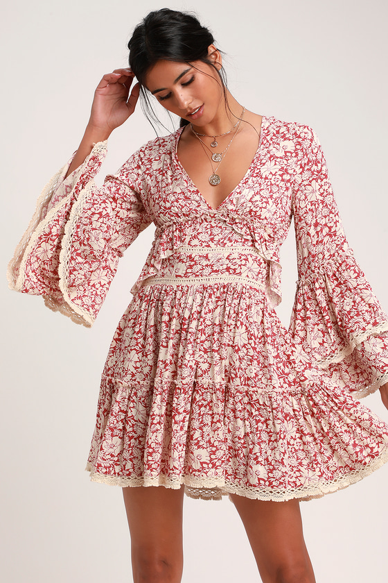 KRISTALL BERRY RED FLORAL PRINT BELL SLEEVE MINI DRESS
