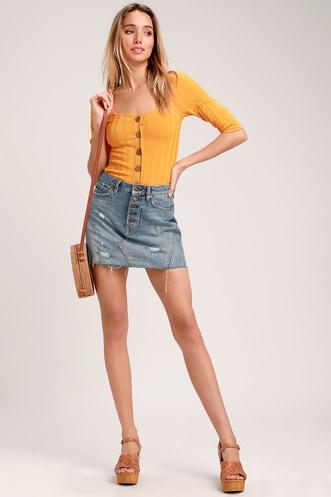7d245954fef7c6 Central Park Golden Yellow Three-Quarter Sleeve Cardigan Sweater