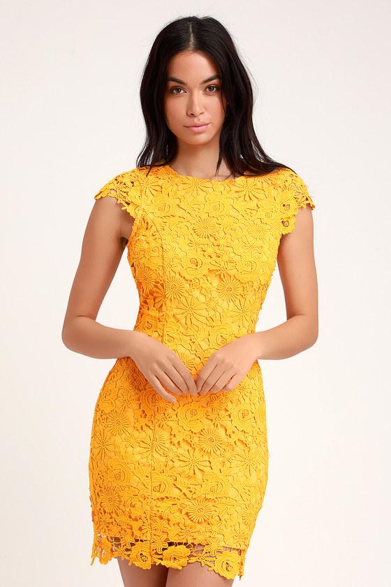 Romance Language Golden Yellow Backless Lace Dress