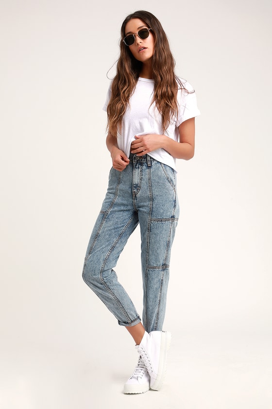 ad14090bbc8 Levi's Mom Jeans - High Waisted Jeans - Acid Wash Jeans