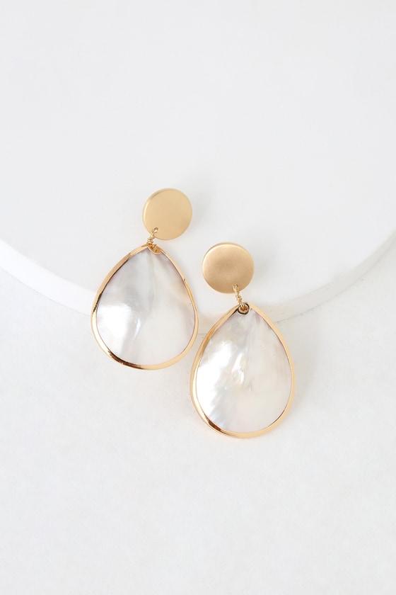 a2b52b7bede005 Boho Shell Earrings - Gold Shell Earrings - Seashell Earrings