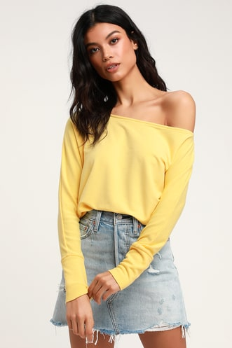 53c72acdd503e Travis Yellow Long Sleeve Sweater Top