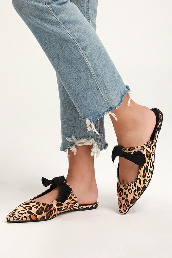 c2e333bcf Chic Leopard Mules - Pointed-Toe mules - Vegan Suede Bow Mules