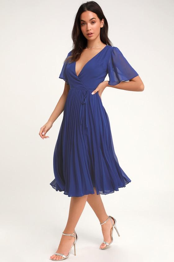 10 Beautiful Blue Graduation Dresses 9