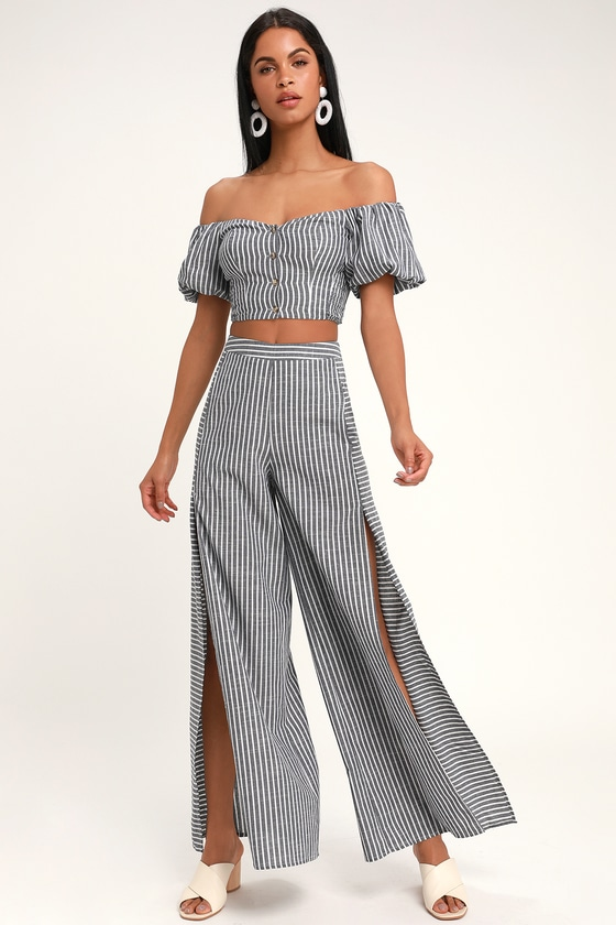 2ec3032d63ad Two-Piece Set - Wide-Leg Jumpsuit - Off-the-Shoulder Jumpsuit