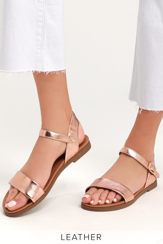 85f99c5f4245 Steve Madden Dina - Rose Gold Flat Sandals - Leather Sandals