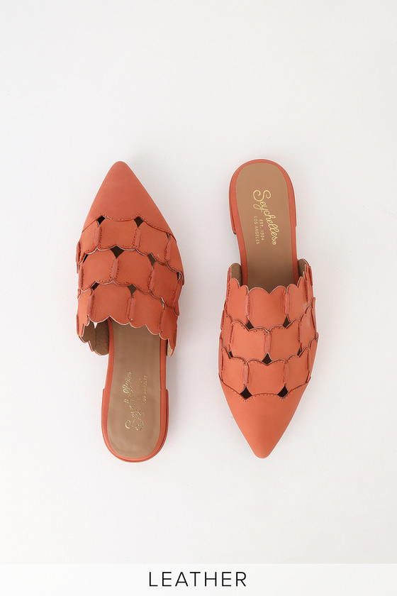 Reminders of You Coral Leather Pointed-Toe Mules