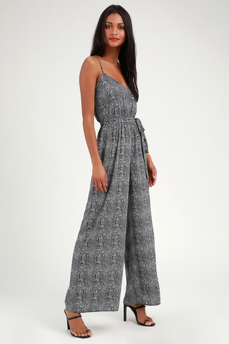 3dde4b13467 Trendy Jumpsuits and Rompers for Women - Lulus