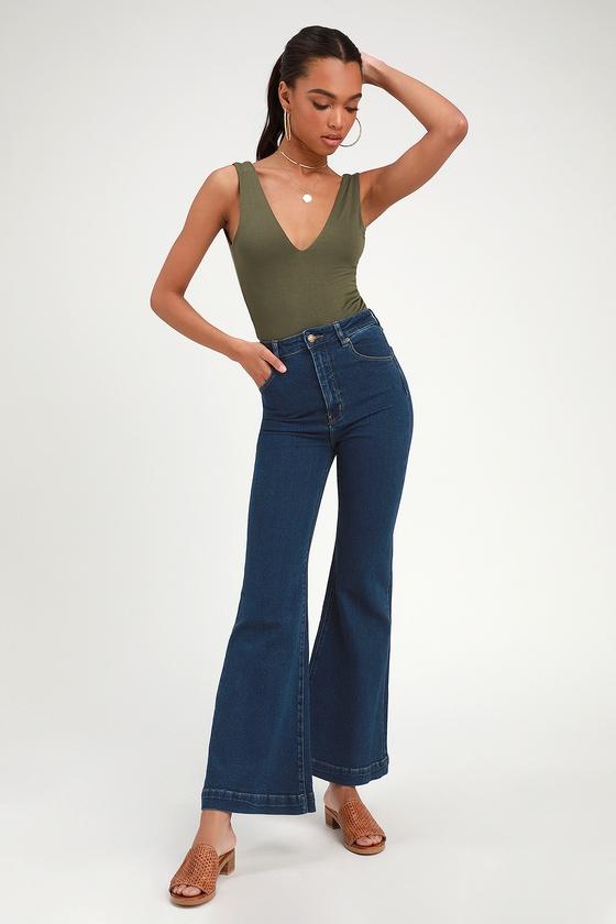 60s – 70s Pants, Jeans, Hippie, Bell Bottoms, Jumpsuits Eastcoast Flare Dark Wash High-Rise Jeans - Lulus $40.00 AT vintagedancer.com