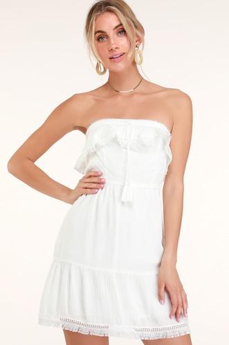 Trendy White Dresses for Women in the Latest Styles  57c94719b