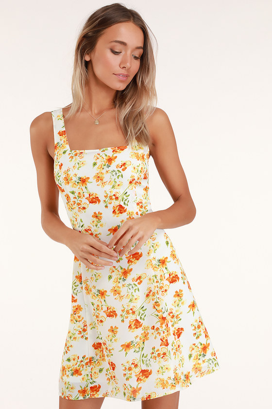DAY DATE WHITE AND ORANGE FLORAL PRINT TIE-BACK DRESS