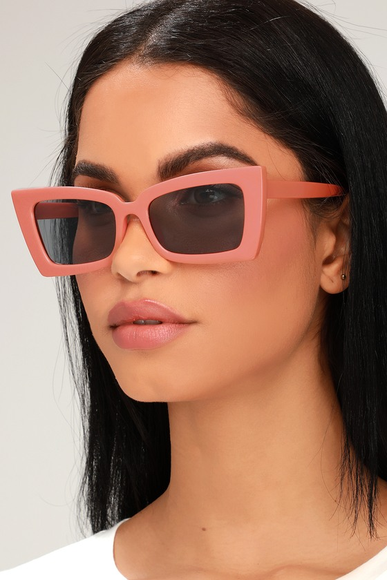 1950s Fashion History: Women's Clothing Recce Pink Square Sunglasses - Lulus $10.00 AT vintagedancer.com