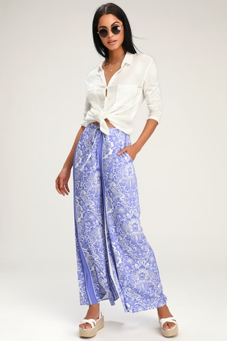 c3b2e9525941 Nora Periwinkle Blue and White Print Wide-Leg Pants