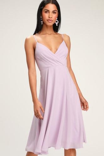5937b6c99 Maribelle Lavender Surplice Midi Dress