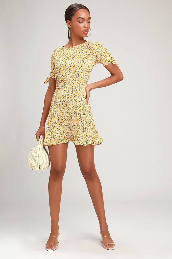 a6d4a0aa3cd Faithfull the Brand Daphne - Yellow Floral Dress - Skater Dress