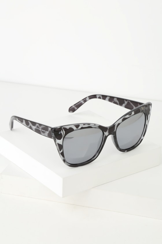 Prive Revaux THE MISTER GREY TORTOISE MIRRORED SUNGLASSES