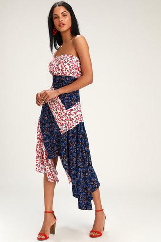 e6d604af1 Golden Hour Blush and Navy Floral Print Strapless Midi Dress