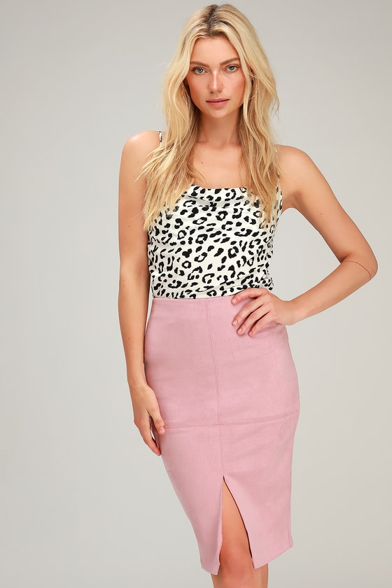1b51b12536 Chic Pencil Skirt - Vegan Suede Skirt - Blush Pink Suede Skirt