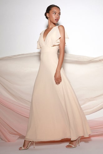 3552044d8b3d Casual Bridal Dresses for Pretty and Practical Brides