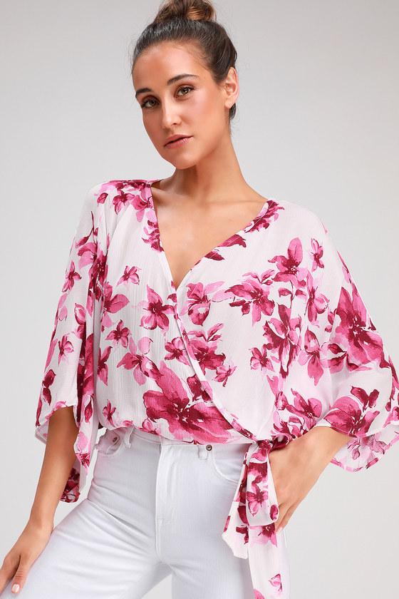 b4cf7b0191c1c3 Cute Pink Floral Top - Surplice Top - Kimono Sleeve Top