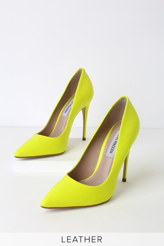 3117576ed03 Daisie Lime Leather Pumps