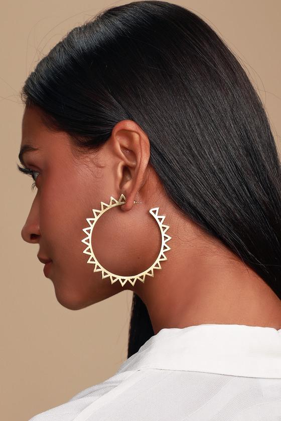 hazel-gold-hoop-earrings by lulus