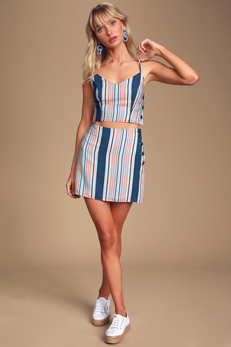 5b2f047486d4 Find Stylish Two-Piece Outfits for Women to Look Perfectly Put ...