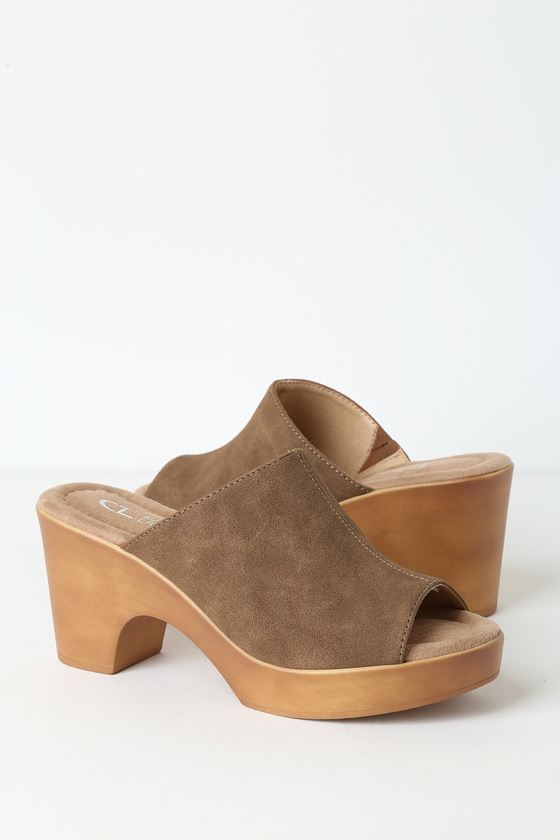 Allison Light Brown Nubuck Platform Sandals by Cl By Laundry