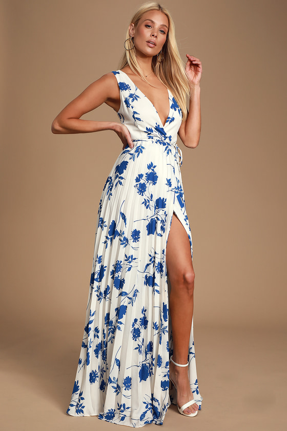 be7c9d5513a8 Lindsie Blue and White Floral Print Pleated Wrap Maxi Dress