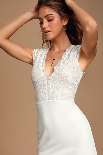 0707dcd99 Trendy White Dresses for Women in the Latest Styles | Find a Cute ...