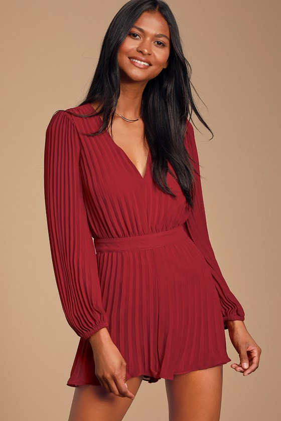 TOWER BAR SUNSETS BERRY RED PLEATED CHIFFON LONG SLEEVE