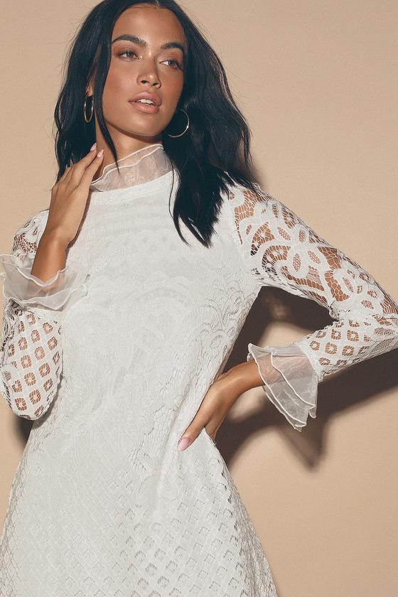 e6cb95c107359 Love and Joy White Lace Long Sleeve Shift Dress
