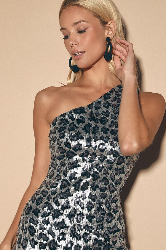 Jeanette Silver Leopard Print Sequin One-Shoulder Bodycon Dress