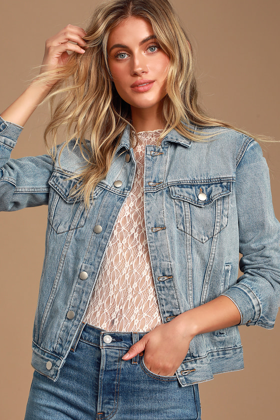 Lulus Exclusive! The Lulus Lalah Light Blue Wash Denim Jacket is going to be getting some heavy rotation in our wardrobe! From going out to your everyday look, this classic, sturdy denim jacket boasts our favorite details: a structured collar, buttoning pockets and cuffs, matching front welted pockets, and a full button placket. Adjustable sides and a slightly oversized fit. Fit: This garment fits true to size. Length: Size small measures 24\