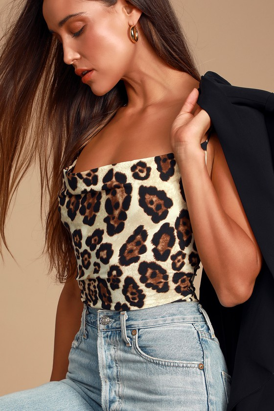 WILD WEEKEND LEOPARD PRINT SLEEVELESS COWL NECK BODYSUIT