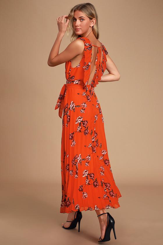 Pleated Chiffon Maxi Dress,Red Chiffon Maxi Dress, Pleated Chiffon Maxi Dress,Red Chiffon Maxi Dress,Red-Orange Dress,Red Floral Maxi Dress,Red Chiffon Maxi Dress,Red Floral Maxi Dress,chiffon maxi dress,orange maxi dress,