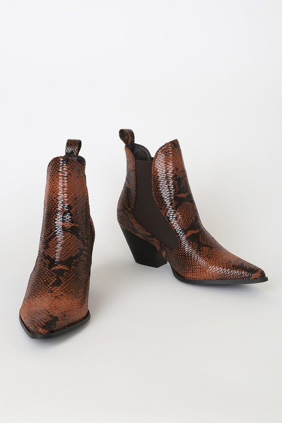 RAID Flick-1 Bordo Brown Snake Print Pointed-Toe Ankle Booties