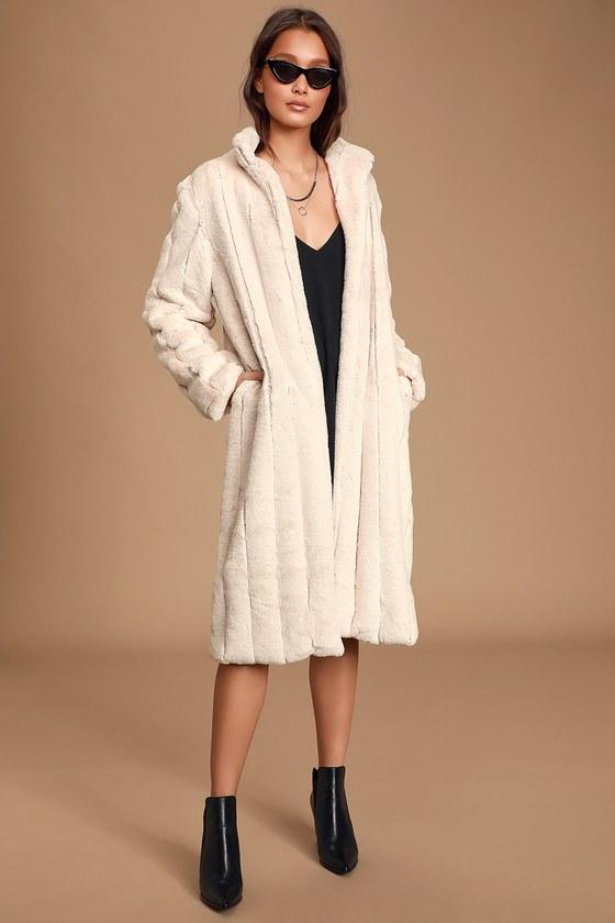70s Jackets, Furs, Vests, Ponchos Cozy Queen White Faux Fur Long Coat  Lulus $105.00 AT vintagedancer.com
