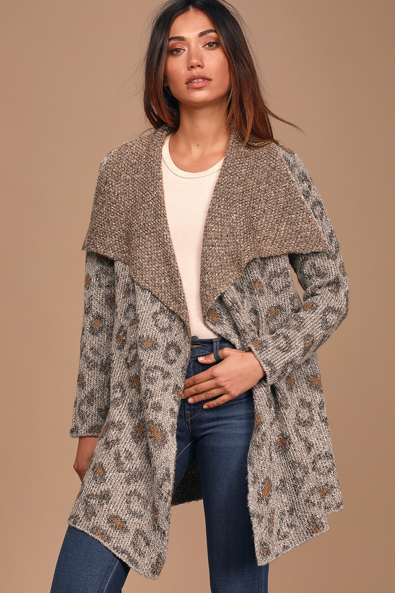 Cupcakes & Cashmere Mel Grey Leopard Print Knit Cardigan Sweater