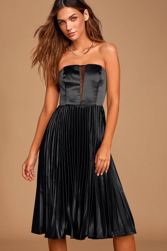 Just Like a Movie Black Strapless Pleated